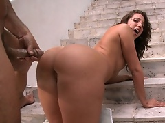 In today's feature we got Kelly Divine & Sydney Thomas.